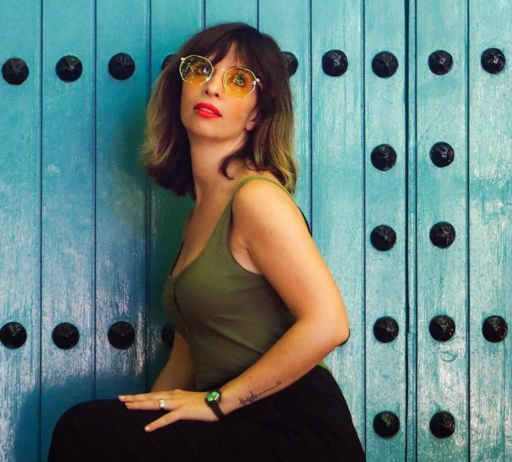 Yasmina Berdugo Editora, creadora de contendio, fotógrafa, psicóloga. Algo suena en mi nube.